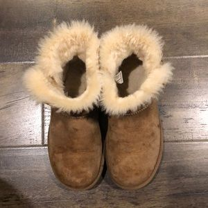 Used Ugg Bailey Chesnut boots